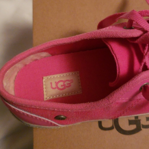 b369307b4d0 Girl's Pink Canvas Ugg Sneakers